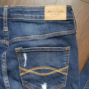 Abercrombie & Fitch Jeans - Abercrombie and Fitch Jeans Women's 4S 27
